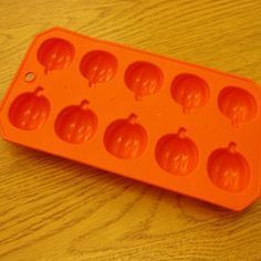 Use this for either ice or little soap molds or make candies Silicone Ice Molds, Ice Cube Molds, Ice Cube Trays, Soap Molds, Ice Tray, Ice Cubes, Halloween Supplies, Halloween Parties, Halloween Jewelry
