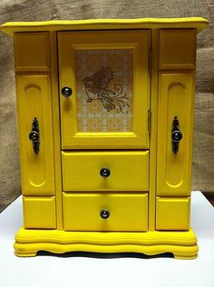 Hand painted yellow jewelry box - hmmm...maybe mine would look better if it was painted...
