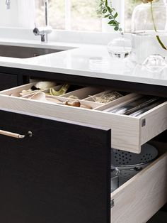 double-stacked kitchen drawer from ballingslöv.