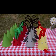 animal and farm party hats Farm birthday
