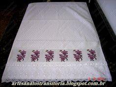 Ponto cruz orquídeas em toalha de rosto
