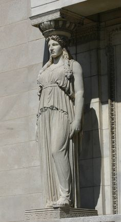 Field-Museum-Full-Length-Caryatid.jpg (1658×3050)