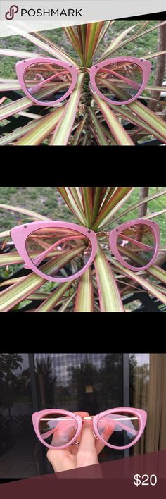 Beautiful Pink sunglasses #Sunnies Please let me know if any questions Accessories Sunglasses