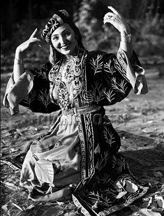 Tamara Khanum, dancing teacher, first woman to perform without the veil in Uzbekistan.