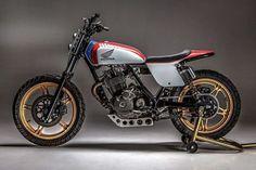 Motorcycles, bikers and more — Honda Ascot Street Tracker Honda Scrambler, Cafe Racer Motorcycle, Motorcycle Design, Bike Design, Scrambler Custom, Honda Cb750, Girl Motorcycle, Motorcycle Quotes, Cg 125 Cafe Racer