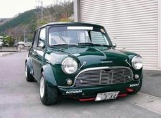Im in awe of how right they get it in Japan. Hopefully well visit next year and the photos . Im in awe of how right they get it in Japan. Hopefully well visit next year and the photos . Mini Cooper S, Mini Cooper Classic, Classic Mini, Classic Cars, Mini Morris, Minis, Morris Minor, Mini Clubman, Smart Car