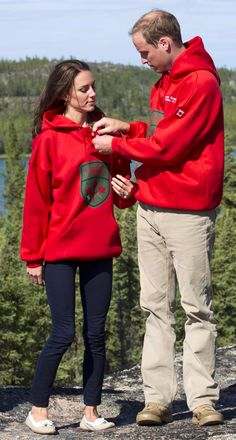 Kate and Will on their Canadian Tour  ♥ This Photo they look so Cute
