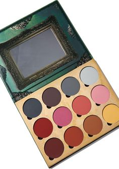 Lunatick Cosmetic Labs Pro Contour Book Palette V2 it's almost scary how good yer gonna look. This versatile palette has everything you need to sculpt that perfect face, featuring deeper cool tones, richer roses & nude hues ranging from light to dark! These pressed powders are infused with ultra-fine silica so you can build them up and mix N' match to customize your perfect shades while leaving you a smooth photo-ready finish.