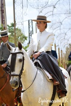 Discover recipes, home ideas, style inspiration and other ideas to try. Equestrian Outfits, Equestrian Style, Equestrian Fashion, Riding Hats, Horse Riding, Horse Girl Photography, Andalusian Horse, Western Chic, Dressage