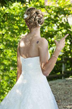 Matrimonio.it   #acconciatura #sposa elaborata by Fotografi e video a Chieri con Sergio Venturino Fotografo