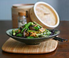 Miso-sesame dressing, asparagus, shiitake mushrooms and tofu on top of black rice. Vegan. - by Maikin mokomin