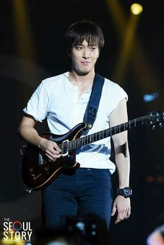 Cnblue Yonghwa, Minhyuk, Actors Male, Korean Actors, Cn Blue, Lee Jong Hyun, Korea Boy, Lord, Jung Yong Hwa