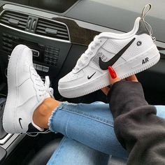 Running Shoes Classical All White Black Gray Low High Cut Men & Women Sports Sneakers One Skate Shoes US – Shop Running Shoes Souliers Nike, Sneakers Fashion, Shoes Sneakers, Women's Shoes, Jeans Shoes, Outfit Jeans, Shoes Men, Cute Sneakers For Women, Tumblr Sneakers