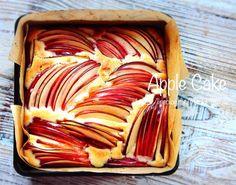 【Mizukiのやみつきおかず】Amazon  楽天ブックスレシピ検索はこちらから⬇︎★Mizuki Instagram★★書籍紹介&お仕事依頼はこちらから★ーーーーーーーーーーーーーーーーーーおはようございます♩今日はホットケーキミックスで作るりんごケーキをご紹介させて頂きます Sweets Recipes, Apple Recipes, Baking Recipes, Japan Dessert, Japanese Cake, Roasted Nuts, Food Test, Specialty Foods, Sweet Treats