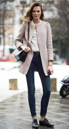 d3c870ee1ac 30+ Comfy Office Outfit Ideas For This Winter