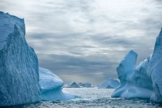 Icebergs off the coast of Greenland. Cape Farewell Youth Expedition 08 ...800 x 538396.8KBwww.lightstalkers.org