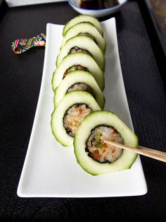 Make dinner more interesting with these very easy and completely vegetarian cucumber vegetable maki rolls guaranteed to be a conversation starter.