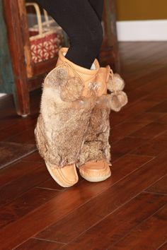 Lukluks: where fashion meets comfort and quality. Each pair of mukluks are hand crafted with the finest leather or suede, plush rabbit fur, and a crepe sole. Ballet Shoes, Dance Shoes, Winter Boots Outfits, Moon Boots, Winter Gear, Fur Boots, Steamer, Furs, Moccasins