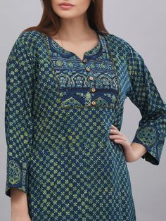 The Loom- An online Shop for Exclusive Handcrafted products comprising of Apparel, Sarees, Jewelry, Footwears & Home decor. Salwar Kameez Neck Designs, Churidar Designs, Kurta Neck Design, Kurta Designs Women, Sleeves Designs For Dresses, Dress Neck Designs, Pakistani Fashion Party Wear, Fashion Wear, Fashion Clothes