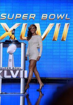Beyoncé was asked to perform at the super bowl half time show. During the performance, ratings went very high. Many people tuned in to watch Beyoncé perform. This shows how many people in the world want to listen to her music.