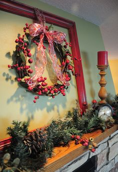 Clever & Cute....Wreath inside painted frame....