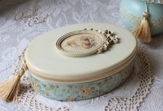 Shabby Chic Boxes, Vintage Shabby Chic, Shabby Chic Decor, Decoupage Glass, Decoupage Box, Jewellery Boxes, Jewellery Storage, Easy Crafts, Diy And Crafts