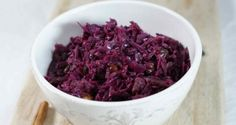 Rotkohl, Blaukraut, Rotkraut - Red Cabbage This very popular vegetable can be served with Rouladen, Sauerbraten or Roasted Duck. Dutch Recipes, Hungarian Recipes, Great Recipes, Cooking Recipes, Favorite Recipes, Bavarian Recipes, Cooking Chef, Vegetable Side Dishes, Vegetable Recipes