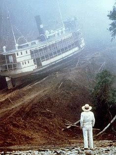 Klaus Kinski in Fitzcarraldo Claudia Cardinale, Great Films, Good Movies, 1980s Films, Top Film, Cinema, Lights Camera Action, Movies To Watch, The Dreamers