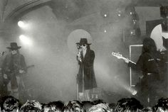 Andrew Eldritch, Goth Bands, Sisters Of Mercy, Sister Photos, We Are The Ones, Rest In Peace, Pop Rocks, Waves, Scene