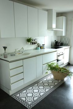 1000 images about sols vinyle on pinterest vinyls cuisine and saints. Black Bedroom Furniture Sets. Home Design Ideas