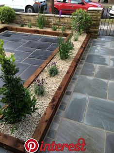 52 Amazing DIY Slate Patio Design and Ideas - Alles für den Garten Backyard Garden Design, Small Garden Design, Yard Design, Backyard Patio, Balcony Garden, Small Garden On A Budget, Screened Patio, Diy Patio, Backyard Ideas
