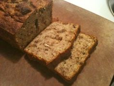 This recipe for grain free banana bread is light, sweet and rich. It's also fruit-sweetened, GAPS adaptable and Paleo friendly!
