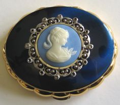 Kigu musical faux Wedgewood compact.  Photographed by Gillian Horsup.