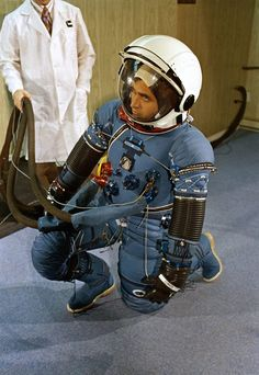 Jack Schmitt checks his Apollo 17 spacesuit (the blue Torso Limb Suit Assembly) at the manufacturer, ILC. The familiar white Integrated Thermal Micrometeoroid Garment has not yet been outfitted. March 3, 1972