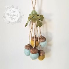 Check out our felt christmas ornaments selection for the very best in unique or custom, handmade pieces from our ornaments shops. Handmade Christmas Crafts, Felt Christmas Ornaments, Acorn Crafts, Fall Gifts, Felt Crafts, Needle Felting, Lana, Creations, Etsy