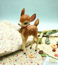 Vintage Bambi ~ cute little deer! Baby Deer, Oh Deer, Vintage Love, Retro Vintage, Quiet Storm, Ceramic Animals, Kawaii, Retro Christmas, Kitsch