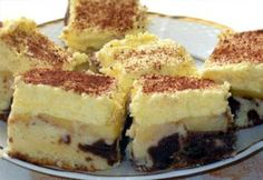 Almás krémes 2. Hungarian Desserts, Hungarian Recipes, My Recipes, Dessert Recipes, Cooking Recipes, Sweet And Salty, Winter Food, Fudge, Cheesecake