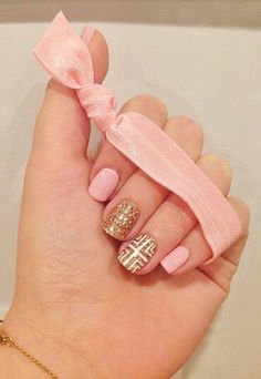 pink + gold manicure