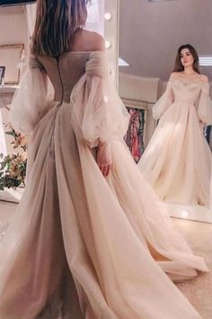 Cute Prom Dresses, Prom Dresses Long With Sleeves, Beautiful Prom Dresses, Ball Dresses, Pretty Dresses, Vintage Prom Dresses, Colorful Prom Dresses, Princess Prom Dresses, Long Dresses