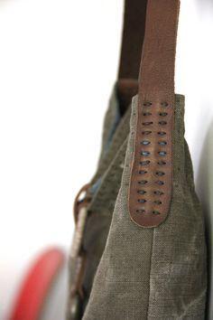 Rizom Designs; The Horizon Cross Shoulder Bag - Detail