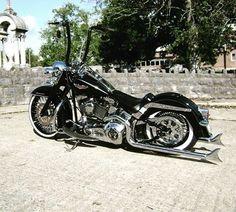 ⚡⚡️ #bobber #harleydavidson #fatboy #motorcycle #chopper #softail #turing #dyna #indian #sportster #custon #hotrods #shovelhead #flathead #panhead #knucklehead #motos #bikelife #hemelt #oldschool #lowrider #stretglide #brat #caferacer