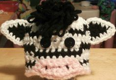 A list of FREE crochet patterns for animal preemie hats.  Zebra, lion, hippo, chick, monkey, owl, giraffe, tiger, and more!