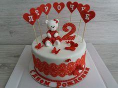 Торт с мишкой Cakes, Desserts, Tailgate Desserts, Deserts, Cake Makers, Kuchen, Cake, Postres, Pastries