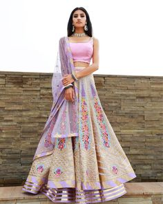 Lehenga collection - Source by - Indian Wedding Outfits, Indian Outfits, Emo Outfits, Lehnga Dress, Indian Gowns Dresses, Desi Wear, Indian Lehenga, Dress Indian Style, Desi Clothes