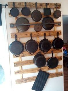 50 Smart DIY Kitchen Storage Solutions For Your Small Kitchen - Image 11 of 20 Kitchen Storage Solutions, Diy Kitchen Storage, Kitchen Pantry, Diy Storage, Rustic Kitchen, Kitchen Decor, Kitchen Organization, Drawer Storage, Organizing