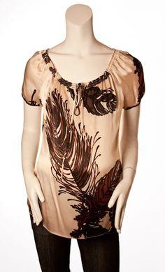 Price : $18.50  Manufacturer : Hale Bob  Quantity:  Hale Bob  Size S  Excellent Condition  Elastic Neckline  Silk Blend  Clearance Item