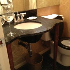 Love this sink and legs.