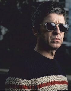 Noel Gallager, Liam Gallagher, Great British, Striped Knit, Saint Laurent, Mens Sunglasses, Singer, Knitting, Musica