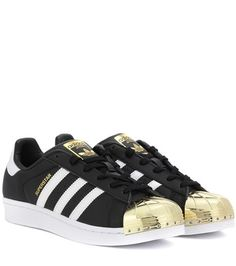 Buy it now. Superstar 80s Leather Sneakers. Black Superstar 80s Leather Sneakers By Adidas Originals , deportivas, sport, deporte, deportivo, fitness, deportivos, deportiva, deporte, courtvantage, stansmith, superstar, tubularviral, zx700, sueladentada, furylite, matrix, zxflux, mood, missstan, trainers, sporty, plimsoll. Black Adidas originals  basic sneakers  for woman.