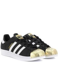 Buy it now. Superstar 80s Leather Sneakers. Black Superstar 80s Leather Sneakers By Adidas Originals , deportivas, sport, deporte, deportivo, fitness, deportivos, deportiva, deporte, courtvantage, stansmith, superstar, tubularviral, zx700, sueladentada, furylite, matrix, zxflux, mood, missstan, trainers, sporty, plimsoll. Black Adidas originals  basic sneakers  for woman.